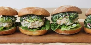 Feature-Thai-Chicken-Burgers--680x340