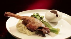 ep30_jp_nelly_02_main_roast_duck_maryland_with_potato_leek_mash_and_red_wine_jus_1bf5v0g-1bf5v0i